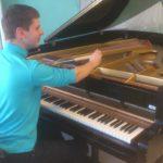 Klaverihäälestaja Juhan Ungru